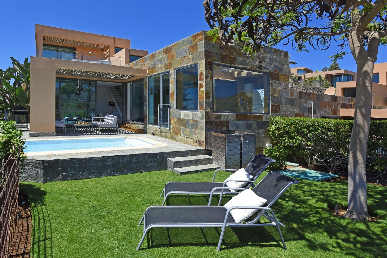 Villa los lagos 26 en gran canaria las casas canarias for Casa de campo con piscina privada